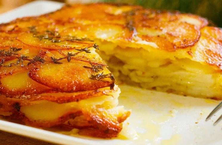 Картопля по-французьки Буланжер. Вишукана і дуже смачна страва